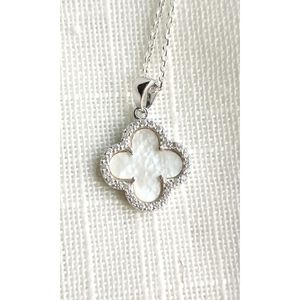 NWT, sterling silver clover mother pearl necklace